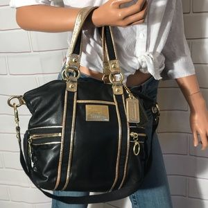 Coach Poppy spotlight leather handbag